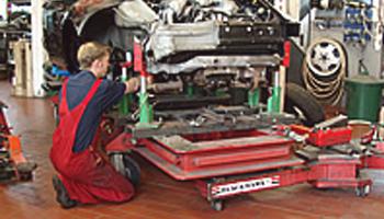 kfz-werkstatt-knoke-reparaturen-richtbankarbeiten